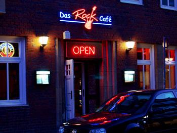 Eingang zum Rock Café